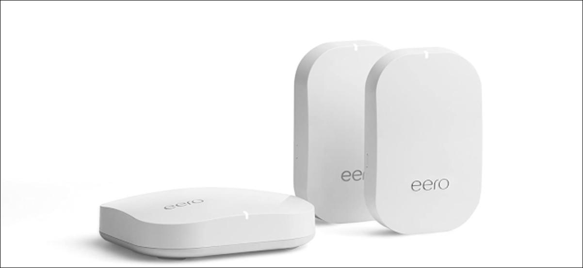 Tres dispositivos Wi-Fi en malla Amazon Eero