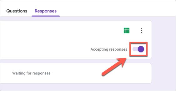"""Para deshabilitar las respuestas de Formularios de Google, presione el control deslizante """"Aceptar respuestas""""."""