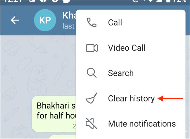 Toque Borrar historial desde el menú de Telegram