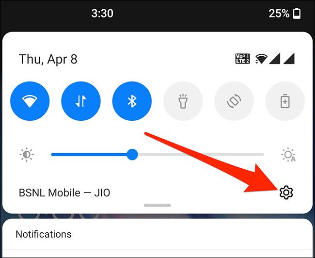 Toque el engranaje para iniciar Configuración en Android.